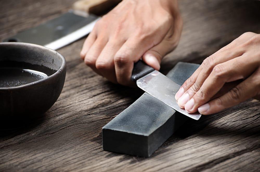 Comment aiguiser un couteau, en fonction de l'outil utilisé ?